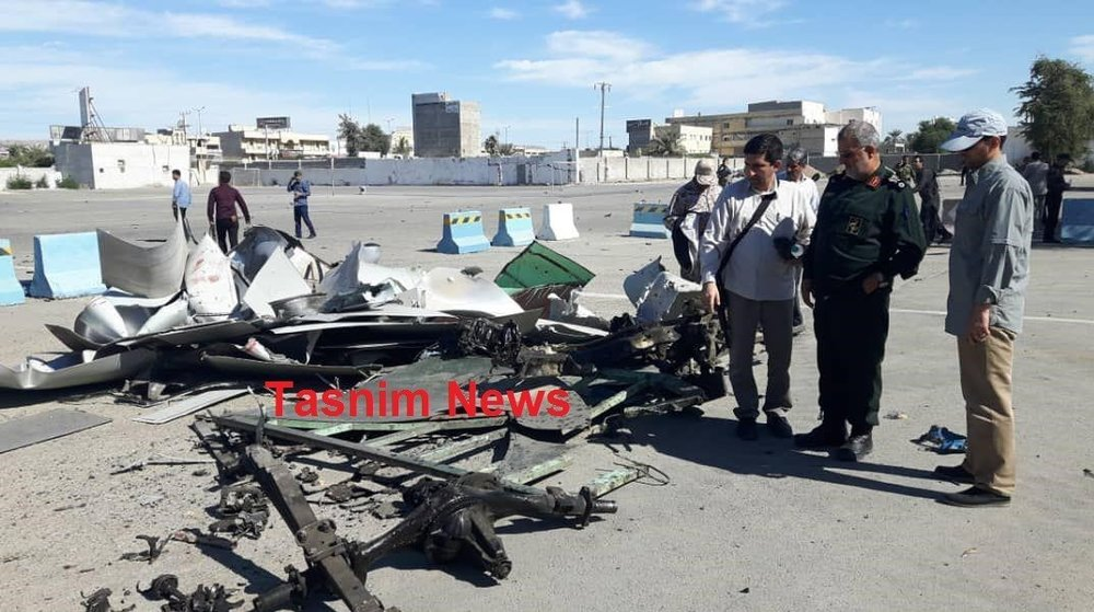 (تصویر) لاشه خودروی عامل انتحاری حمله تروریستی چابهار