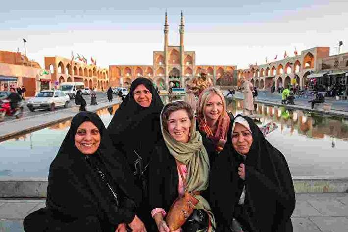 تمجید زن استرالیایی از مهماننوازی مرد ایرانی در شیراز