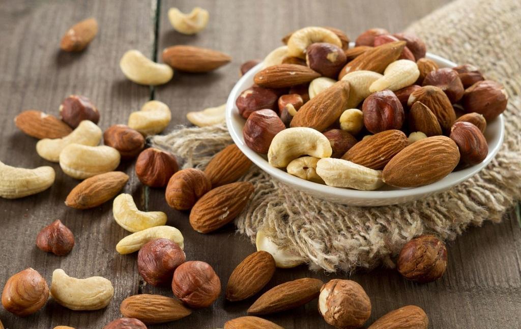 بایدها و نبایدهای تغذیهای در ایام نوروز