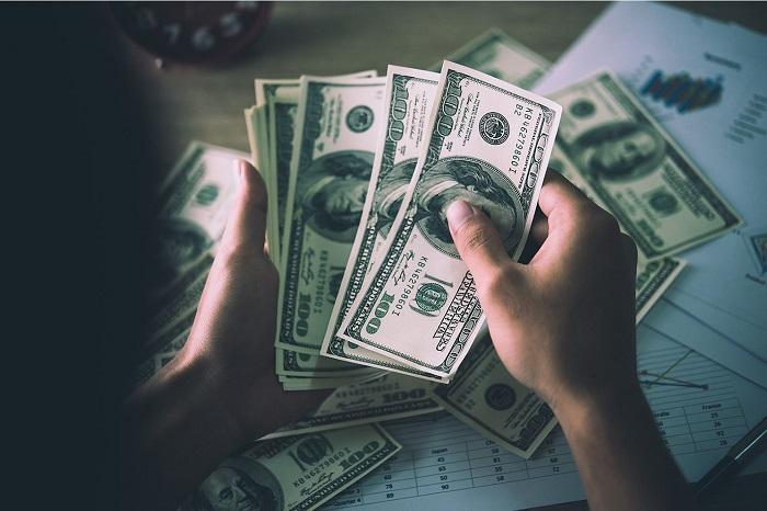 دلار بی رمق در بن بست