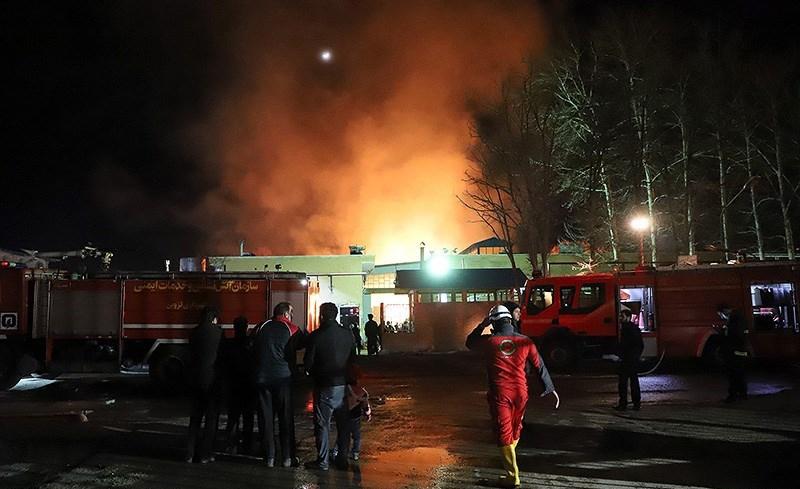 آتشسوزی در فروشگاه رفاه کرمان مهار شد