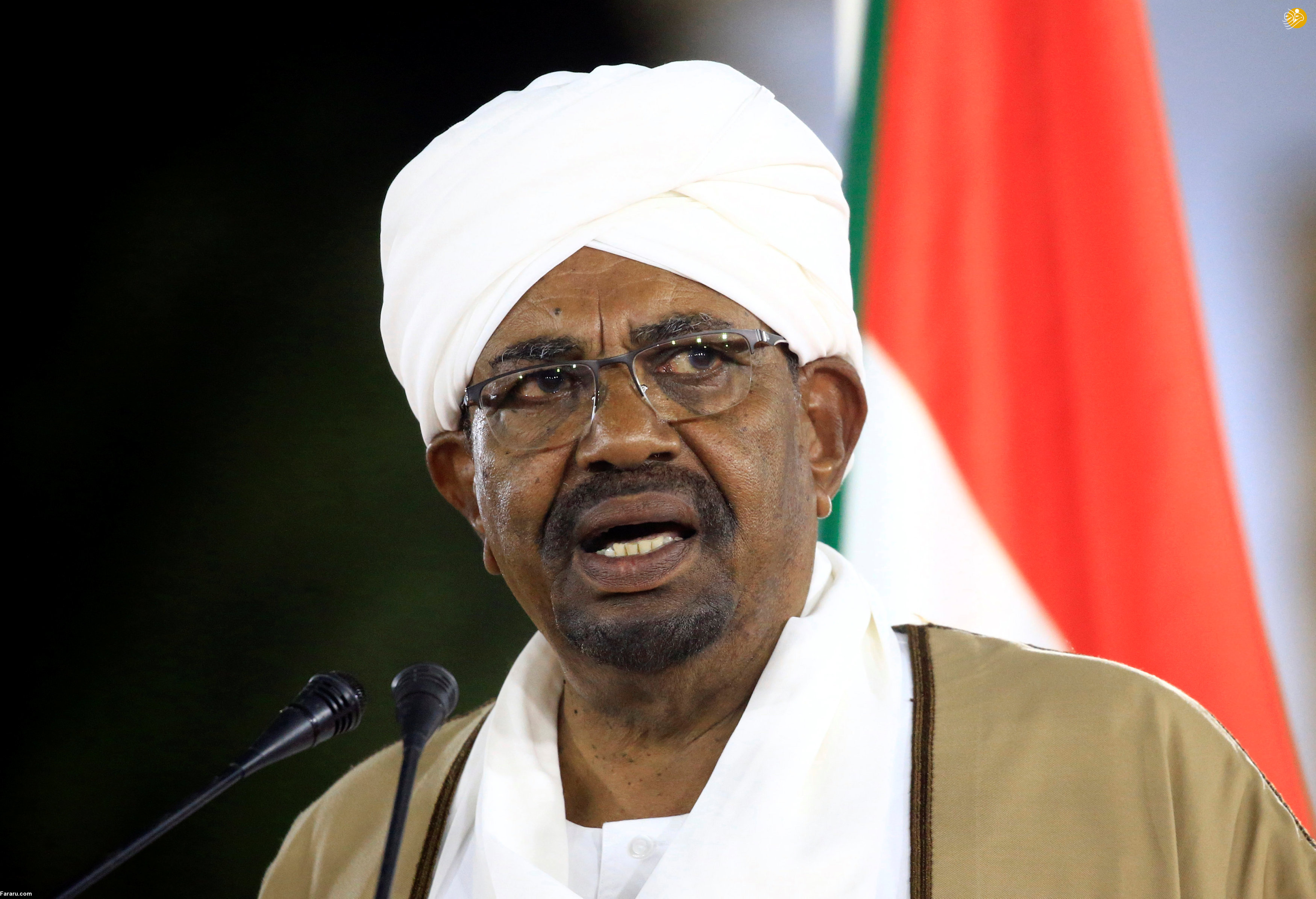 عمر «البشیر» از قدرت کنارهگیری کرد/ احتمال کودتای نظامی در سودان
