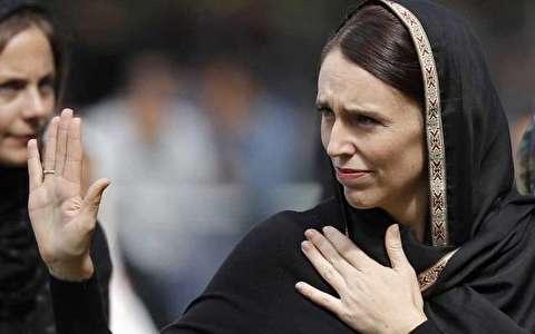 (تصاویر) جاسیندا آردرن در نماز جمعه نیوزیلند اشک ریخت