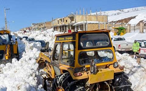 (تصاویر) بارش بیسابقه برف در شهرستان میامی