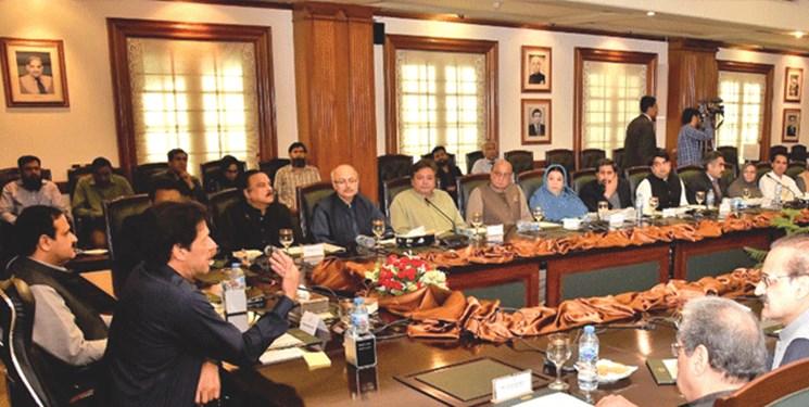 زلزله سیاسی در کابینه پاکستان؛ 7 وزیر جابجا شدند