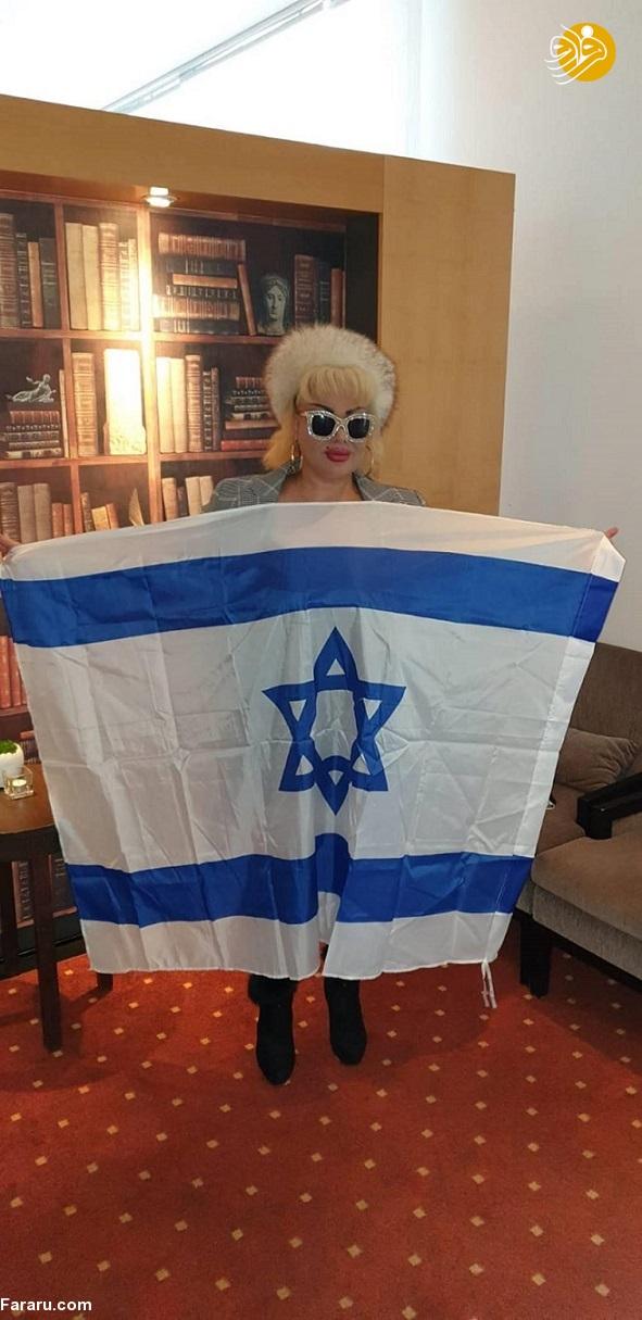 (تصاویر) ظهور یک دختر جدید برای صدام حسین
