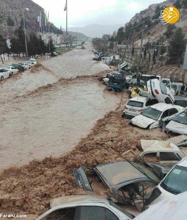 سیل شیراز ۲۰۰ خودرو را در دروازه قرآن با خود برد