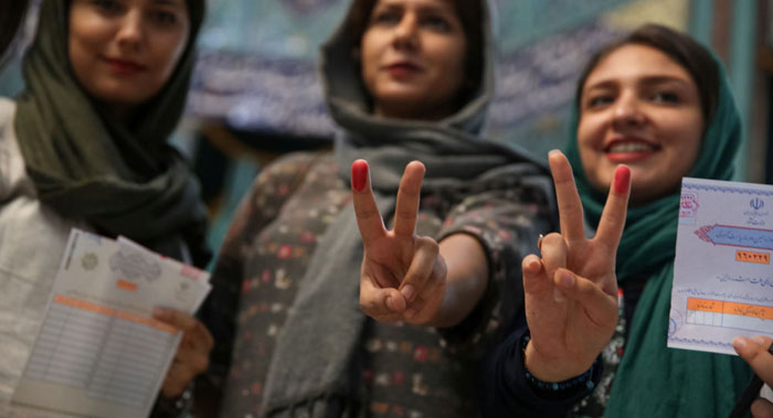 انزوای انتخاباتی صداوسیما؛ ماجرای عالیس و آباژور