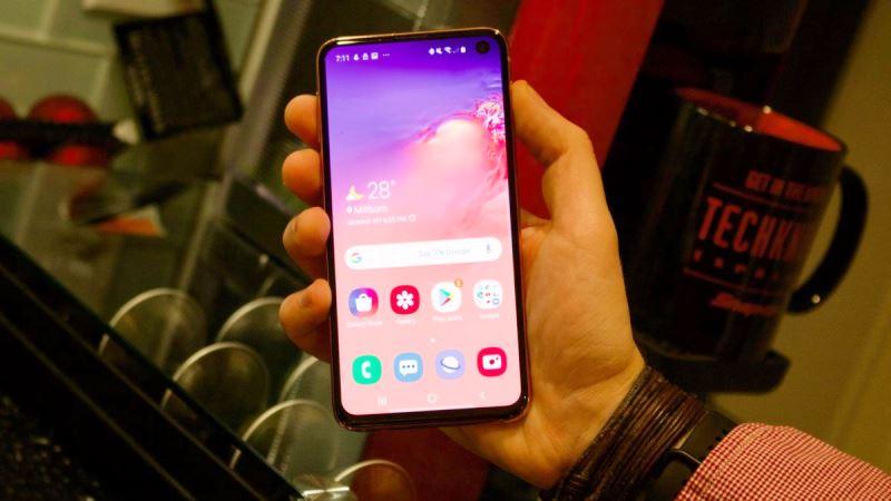 قیمت بهترین موبایلهای سال در بازار ایران /// منتشر نشود ///