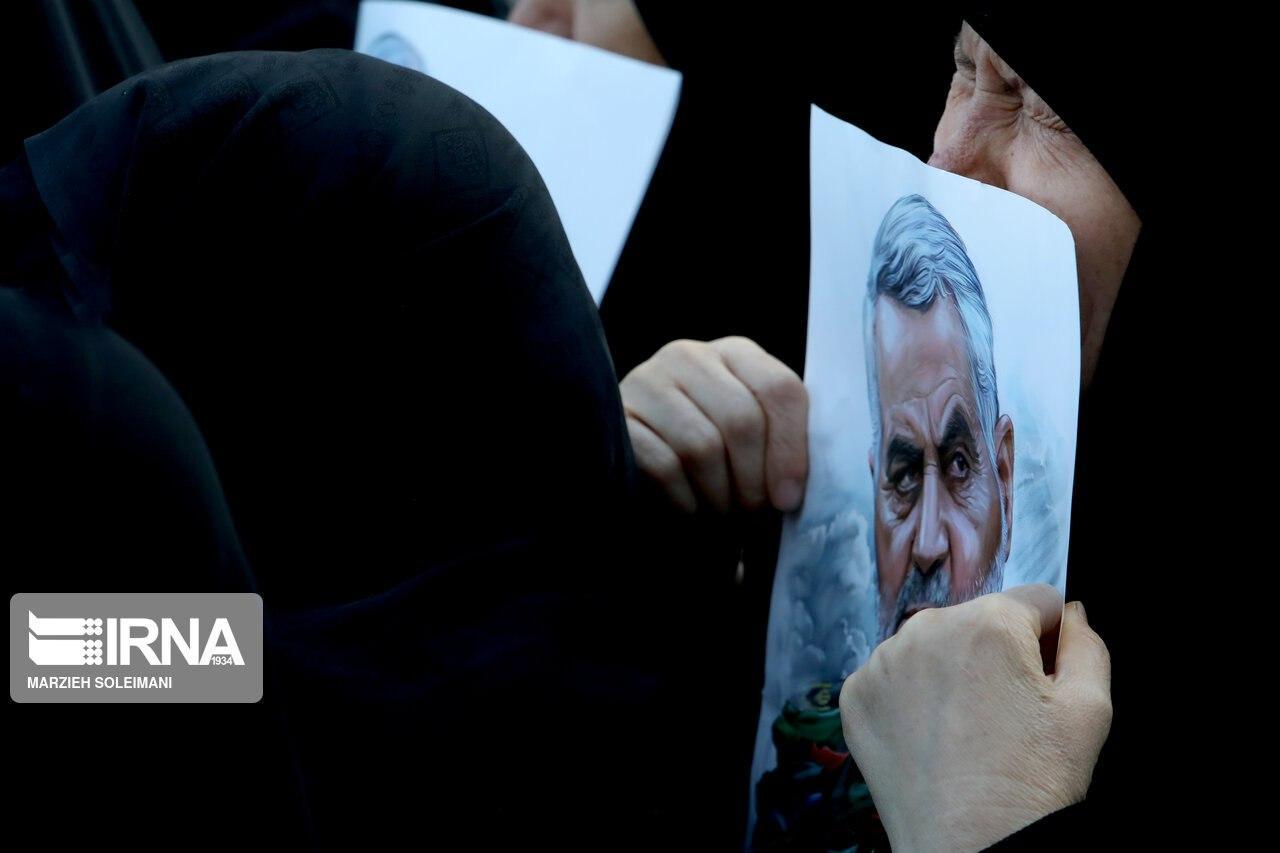 (تصاویر) حضور چهرههای متفاوت در تشییع سردار سلیمانی