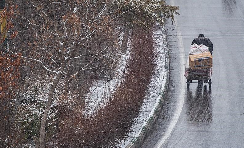هواشناسی امروز سه شنبه ۲۴ دی ۹۸؛ بارش برف و باران ۳ روزه/ برف سنگین در برخی استانها