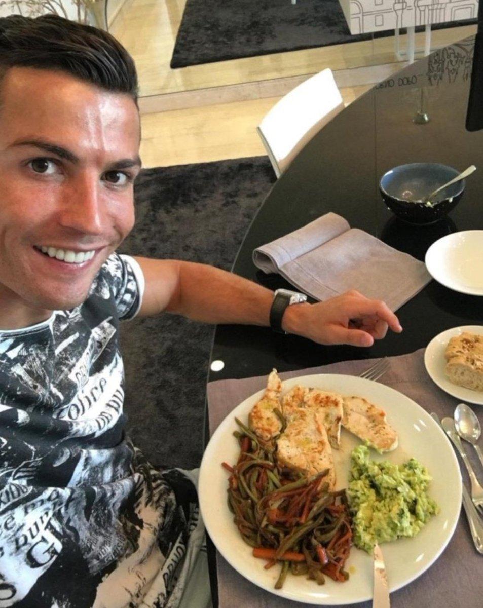 (عکس) رژیم غذایی رونالدو، راز موفقیت ستاره یووه