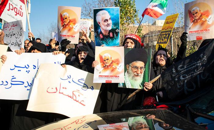 تنش در روابط ایران و انگلیس؛ ایران با آقای سفیر چه کند؟