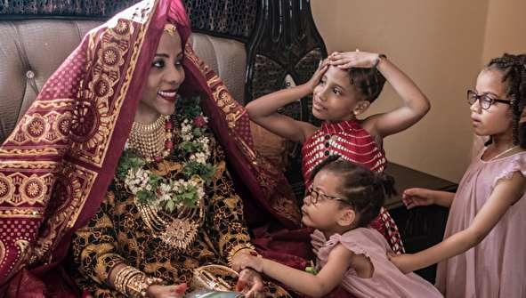 (تصاویر) ریخت و پاش عجیب در عروسی به سبک مردم کومور