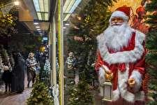 بازار داغ کاج کریسمس و بابانوئل در ایران؛ تبِ ۴۲ درجه کریسمس در ایران