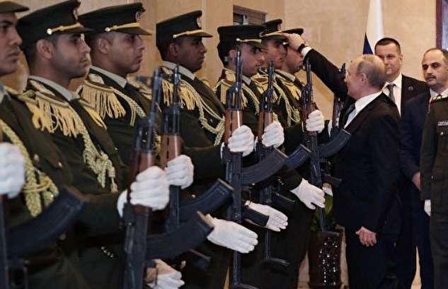 واکنش پوتین به کلاه افتاده از سر سرباز فلسطینی