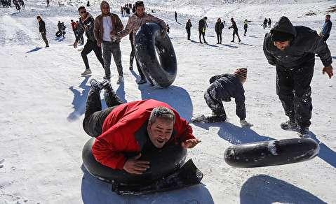 (تصاویر) تفریحات زمستانی در قم