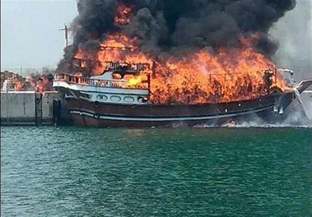 جزئیات آتشسوزی چهار لنج صیادی در جاسک