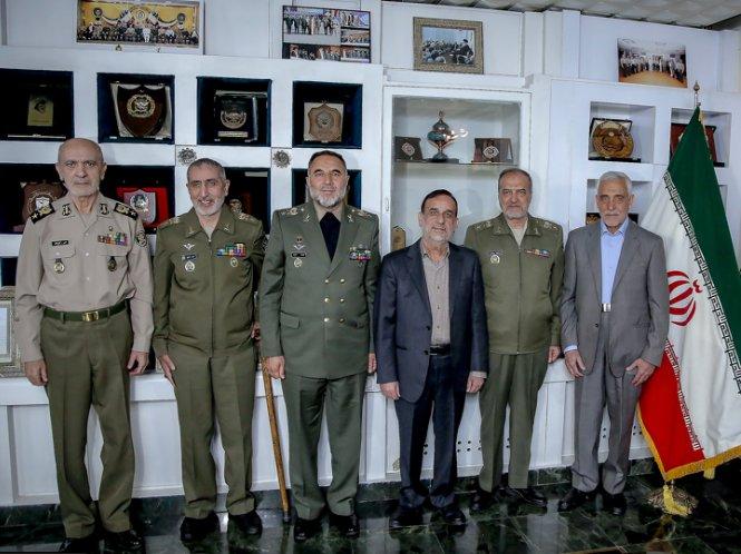 (عکس) ۶ فرمانده نیروی زمینی ارتش در یک قاب