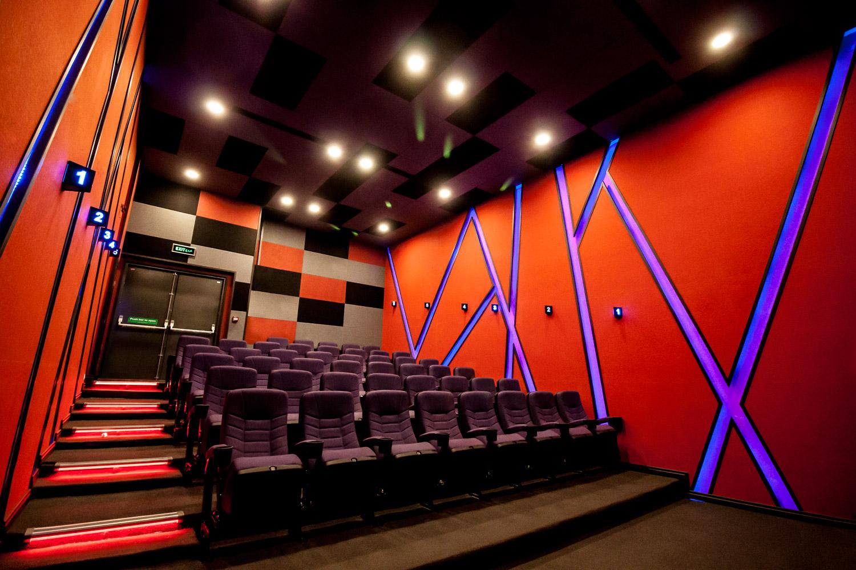 محدودیت سالنهای سینما برای فیلمهای ۱۸+