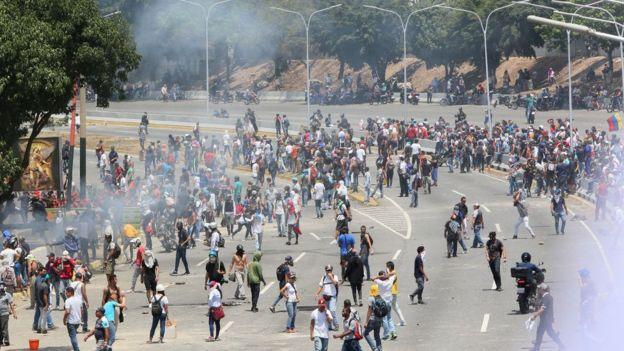 بحران ونزوئلا؛ گوایدو قول اعتصابهای فلجکننده را داد