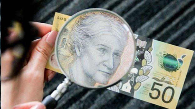 (تصویر) اشتباه تایپی روی اسکناسهای جدید ۵۰ دلاری در استرالیا