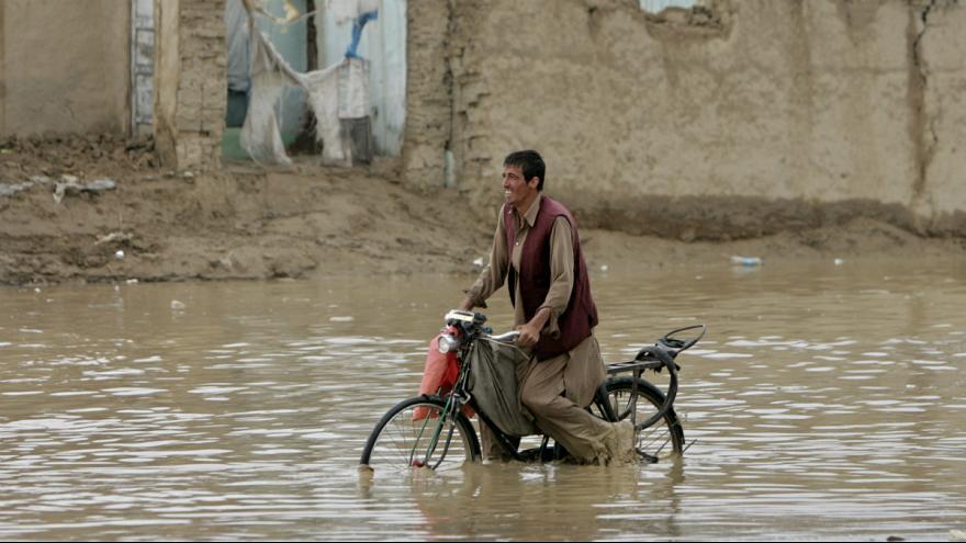 جدال سیستان با سیل افغانستان