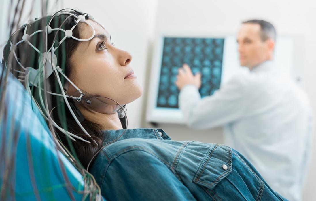 علت تشنج چیست و چگونه اتفاق میافتد؟