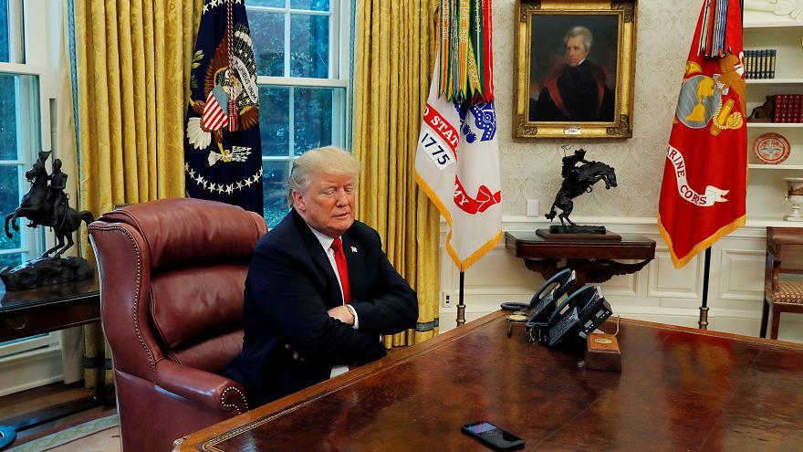 یک مسئول دولت ترامپ: آمریکا پای تلفن نشسته، اما خبری از ایران نیست!