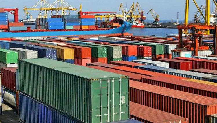 تصمیم غلط در افزایش بی رویه صادرکننده در یک سال اخیر