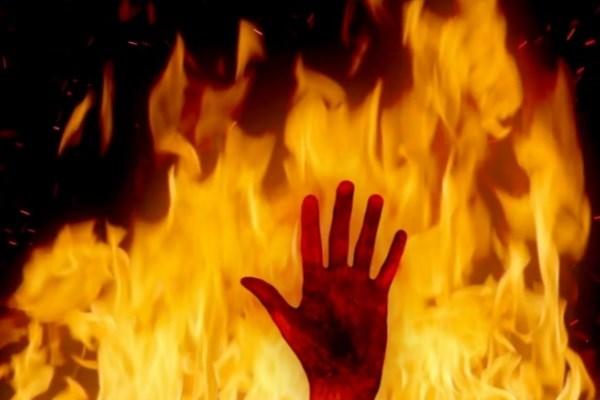 مرد جوان پس از شنیدن جواب منفی از همسر صیغهای خودش را آتش زد!