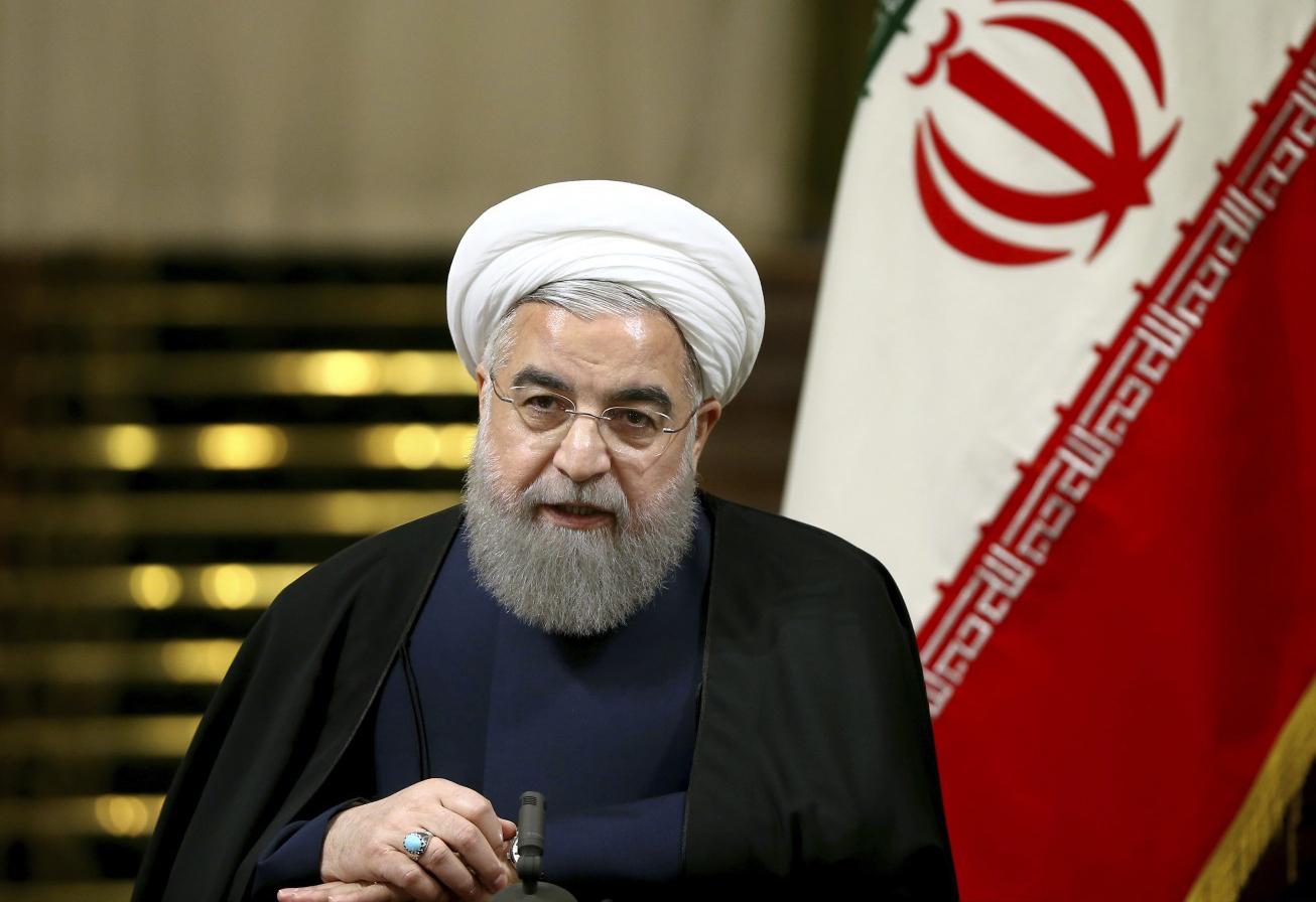 روحانی درگذشت بهمن کشاورز را تسلیت گفت
