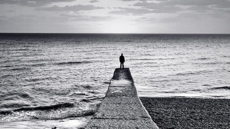 تنهایی در جامعه ایران به یک معضل تبدیل شده