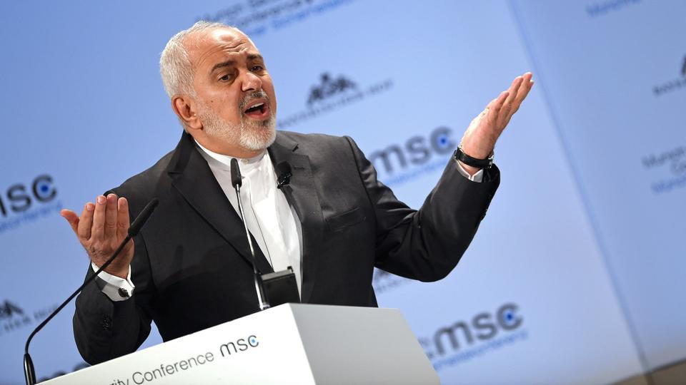 ظریف: با هرکس که به ایران احترام گذارد مذاکره میکنیم