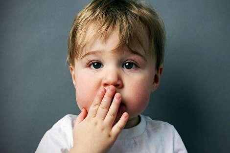 با کودکی که کلمات زشت به کار میبرد چه کنیم؟
