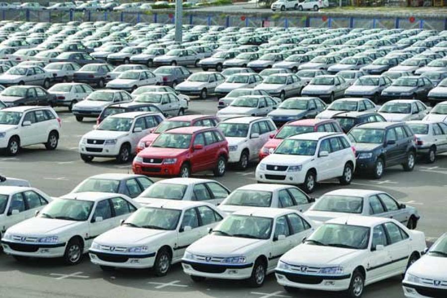 چرا قیمت خودرو به سراشیبی افتاد؟