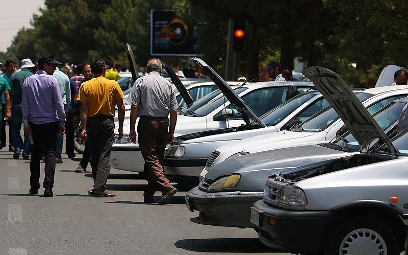 بازار خودروهای داخلی در مسیر کاهش قیمت یا رکود؟