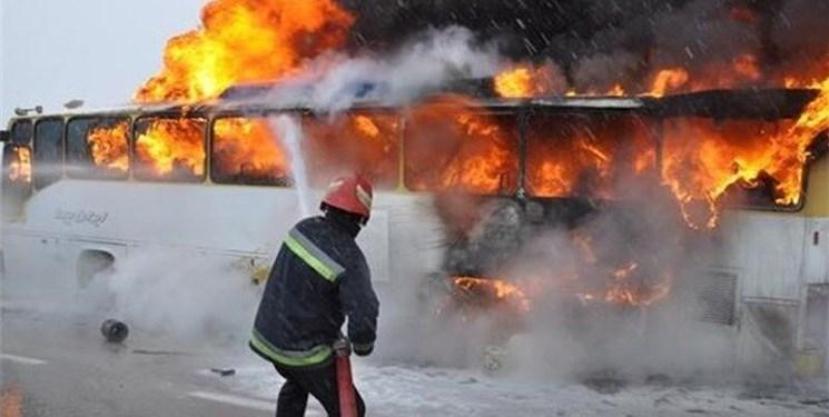 اتوبوس حامل سربازان وظیفه در آتش سوخت