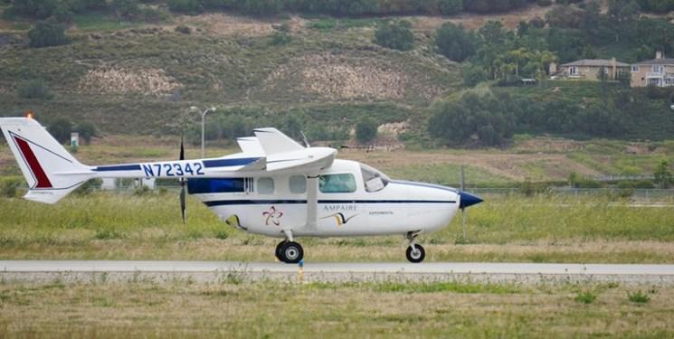 (تصاویر) پرواز موفقیت آمیز اولین هواپیمای هیبریدی