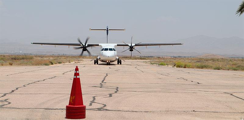 پرواز حاشیهساز آقای وزیر از جهرم به تهران!