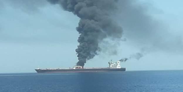ژاپن: به 2 کشتی باری مرتبط با ژاپن در نزدیکی تنگه هرمز حمله شده است