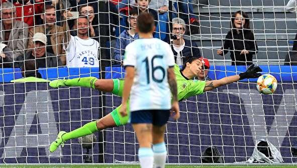 (تصاویر) حاشیههایی از جام جهانی فوتبال زنان