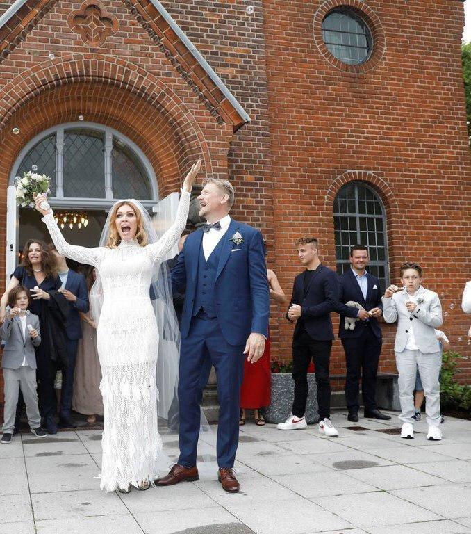 (تصویر) ازدواج مجدد پیتر اشمایکل در ۵۵ سالگی