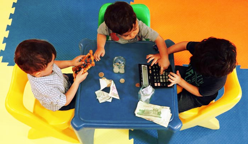 آنچه باید درباره بحرانهای اقتصادی و مدیریت مالی به بچهها بگوییم