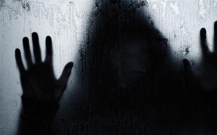 حیله شیطانی زن خانهدار زندگی دختر جوان را به تباهی کشاند!