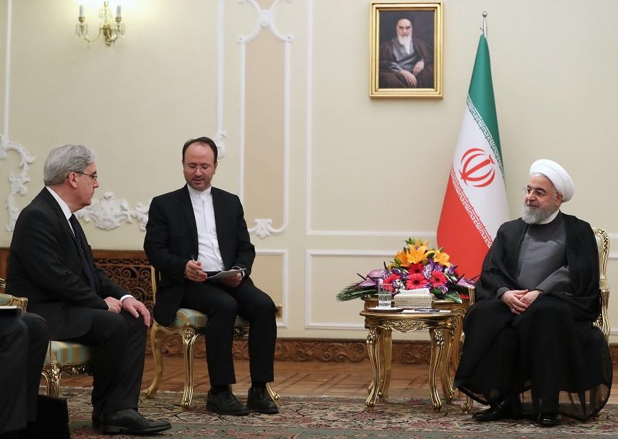 روحانی خطاب به سفیر جدید فرانسه: شرایط حساس است