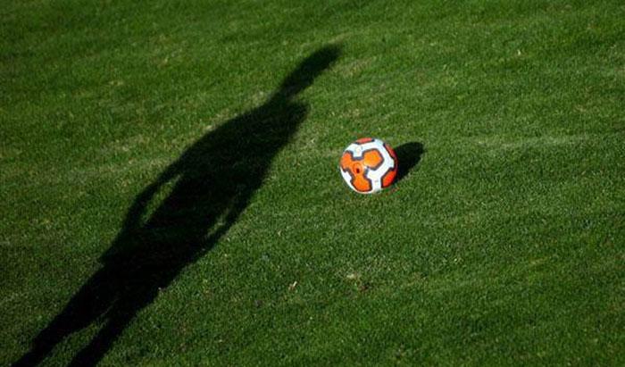 محکومیت فوتبالیست جوانی که دختر نوجوان را باردار کرد!