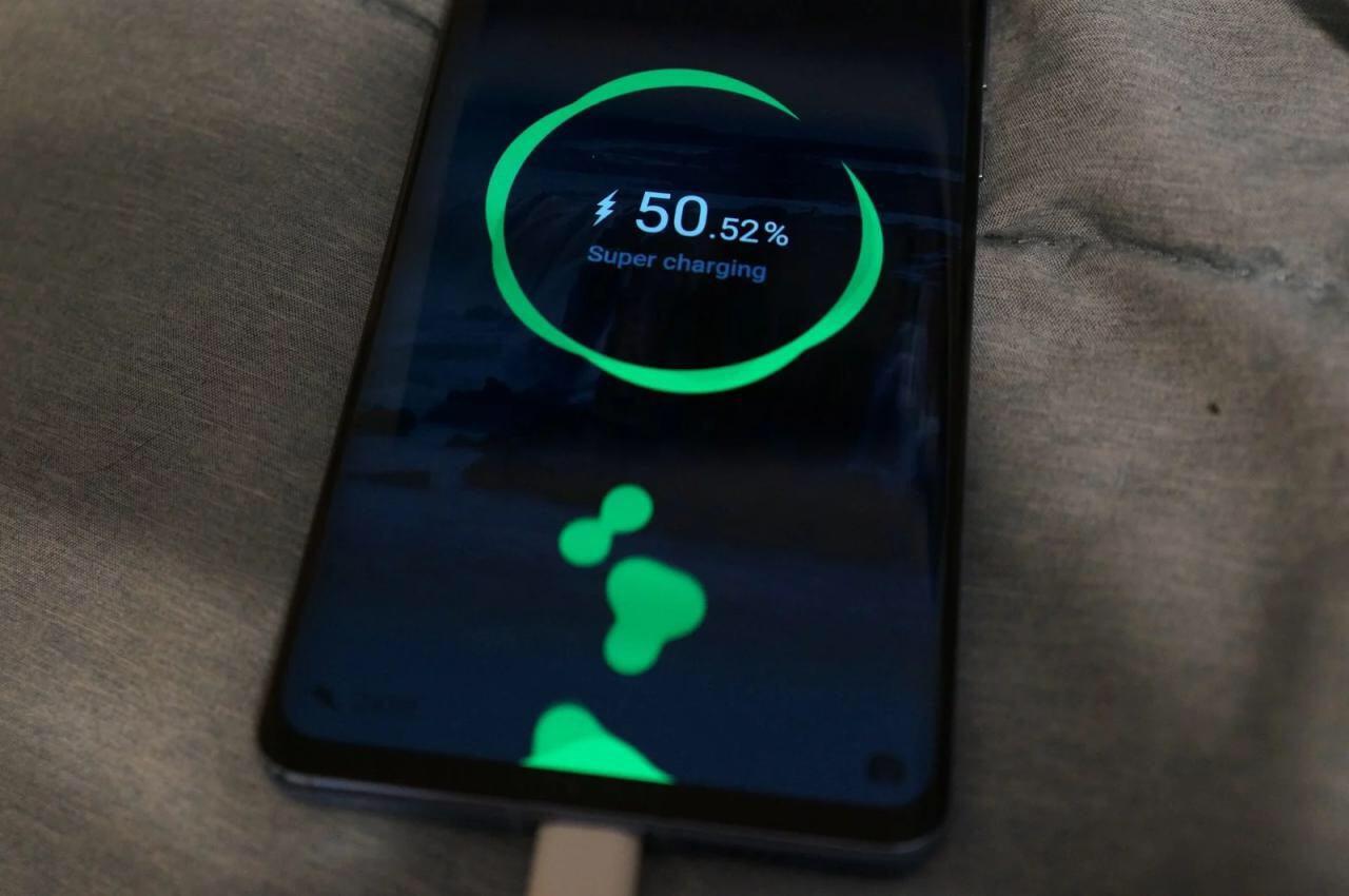 چرا Huawei P30 Pro از سامسونگ اس ۱۰ پلاس بهتر است؟