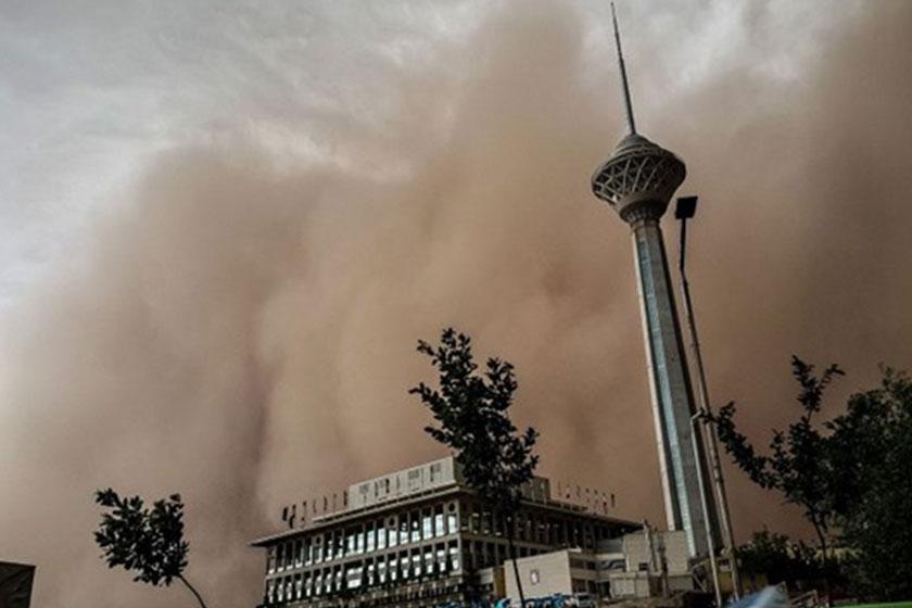 گرد و خاک تهران را فرا میگیرد