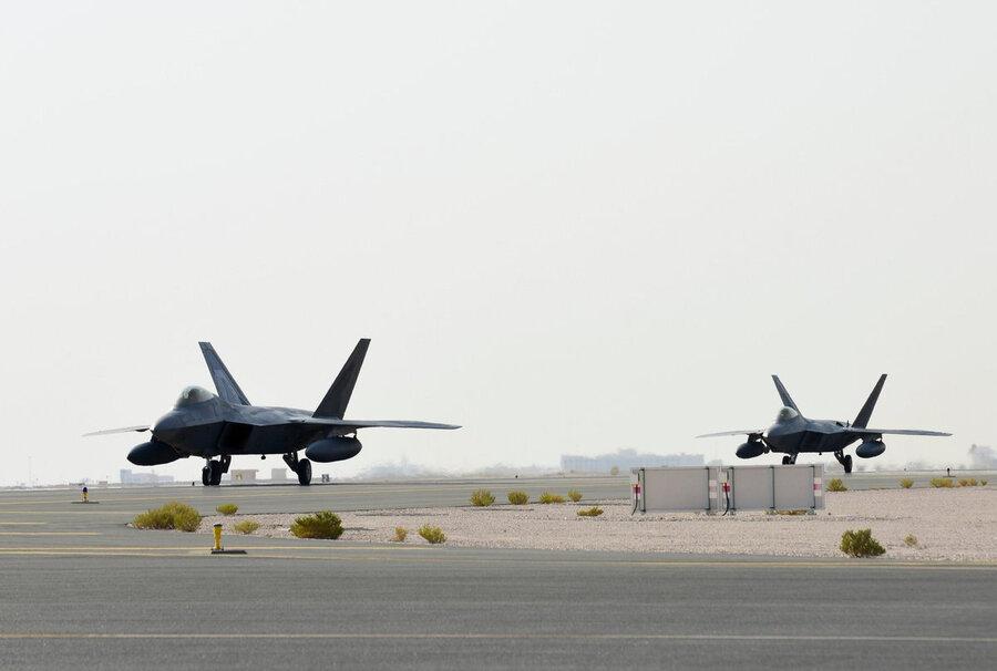 هواپیمای جنگنده اف ۲۲ چه قابلیتهایی دارد و چرا به خلیج فارس اعزام شد؟